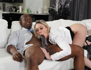 WillTileXXX/Decency in the Worplace Starring Dee Williams