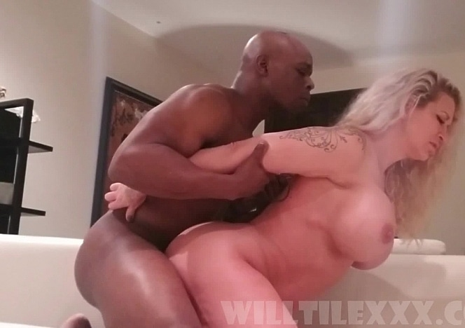 WillTileXXX/Knocking Boots with Ryan Conner