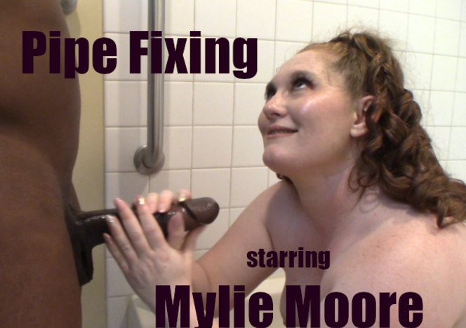 WillTileXXX/Pipe Fixing starring Mylie Moore